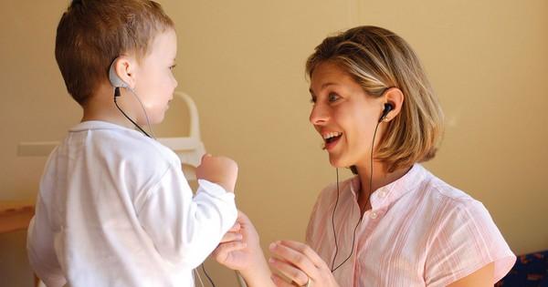 Мальчик, родившийся глухим, стал победителем музыкального фестиваля!