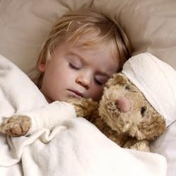 Лечение воспалений ушей у маленьких детей