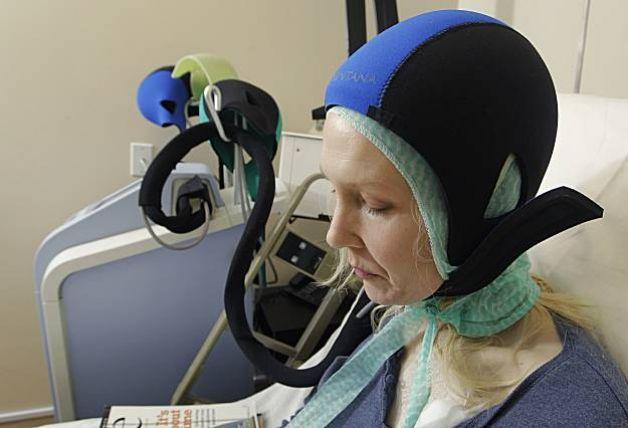 Актуально для больных раком груди: охлаждающий шлем предотвращает выпадение волос после химиотерапии