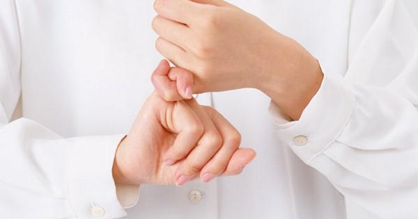 Сложная операция спасла руку глухонемого – дала возможность снова общаться!