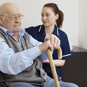 Кохлеарный имплантат для тех, кому за 70